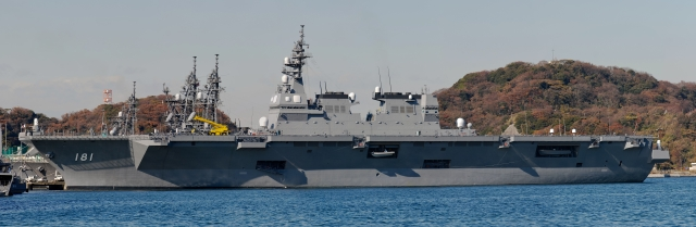 soku_08058.jpg :: 乗り物 交通 船 護衛艦 DDH.181 ひゅうが Hyuga 横須賀基地 超高解像度 パノラマ