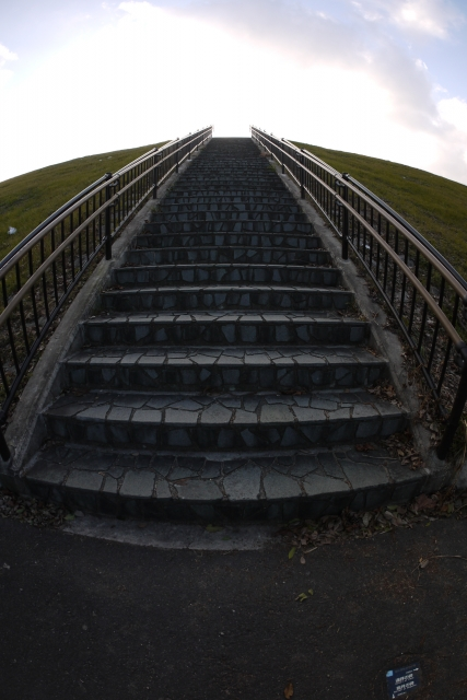 soku_09256.jpg :: 風景 街並み 郊外の風景 階段