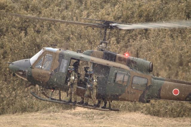 soku_34791.jpg :: 習志野空挺降下訓練始め/UH-1J