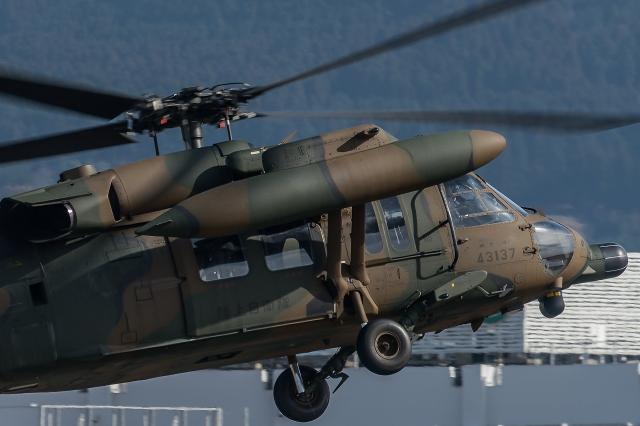 soku_34855.jpg :: 飛行機写真スレ〓第84便〓 おじさんの下手な写真 UH-60J 救難ヘリ 陸上自衛隊