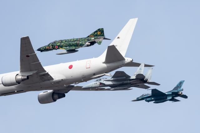 soku_36204.jpg :: 乗り物 交通 飛行機 軍用機 F-4EJ F-15DJ F-2A KC-767 岐阜基地 飛行開発実験団