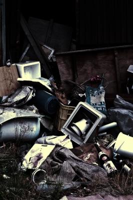 soku_01721.jpg :: 廃墟 ゴミ