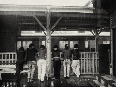 soku_02708.jpg :: 乗り物 電車 列車 駅 人物 集団 グループ 群衆
