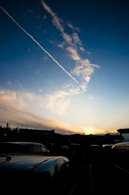 soku_05500.jpg ::  風景 自然 空 飛行機雲