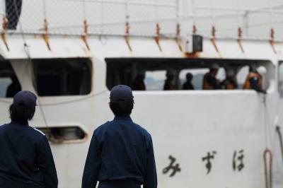 soku_05586.jpg :: 海上保安庁 巡視船 みずほ型巡視船 みずほ 左舷後方 船体 名古屋港 接岸