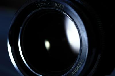 soku_06001.jpg :: カメラ機材 レンズ Ultron1.8/50