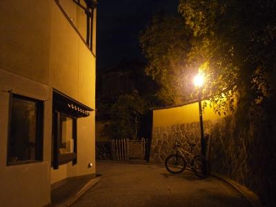 soku_06270.jpg :: 建築 建造物 街並み 都市の風景 住宅街 夜景