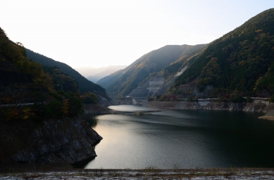 soku_06287.jpg :: 建築 建造物 ダム 有間ダム