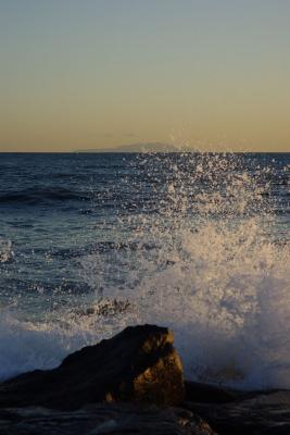 soku_06962.jpg :: 風景 自然 海 岩場 水 波