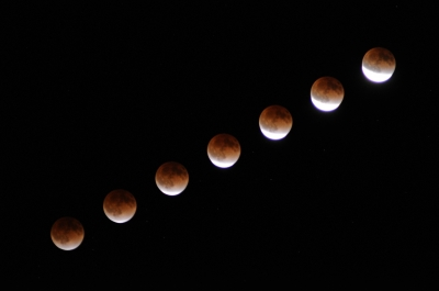 soku_07135.jpg :: D5000 風景 自然 天体 月 皆既月食 インターバルタイマー
