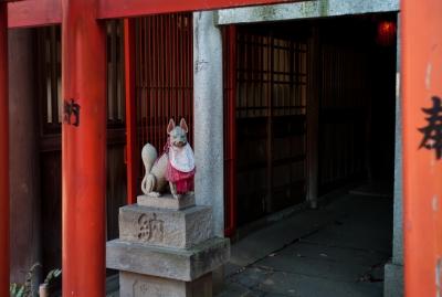 soku_07421.jpg :: 上野 上野恩賜公園 狛犬 狐 建築 建造物 街並み 神社仏閣
