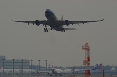 soku_07552.jpg :: 飛行機 ヒコーキが足りない by NRT