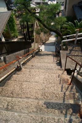 soku_07812.jpg :: 建築 建造物 街並み 階段 広島県呉市両城地区