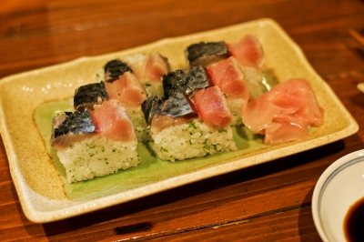 soku_08971.jpg :: 鯖復活祈願 鯖 食べ物 和食 刺身 寿司 押し寿司 バッテラ