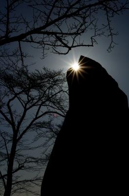 soku_09691.jpg :: 風景 自然 山 岩場 逆光