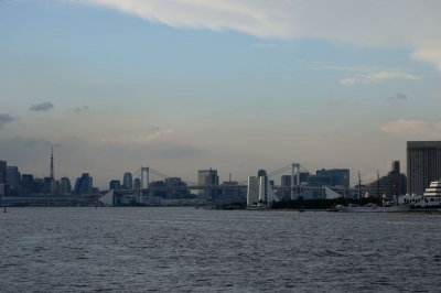 soku_09935.jpg :: 風景 街並み ランドマーク 橋 レインボーブリッジ 晴海 日本丸
