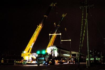 soku_10078.jpg :: 乗り物 交通 自動車 重機 建築重機 60トンラフター 国鉄キハ181系気動車