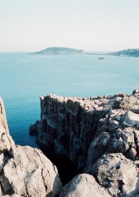 soku_10828.jpg :: 風景 自然 海 磯 断崖絶壁 フィルム 銀塩