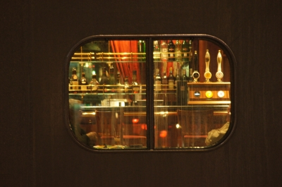 soku_11006.jpg :: 船内 乗り物 交通 船 客船 Queen Mary 2