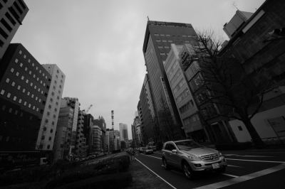 soku_11304.jpg :: 風景 街並み 都市の風景 モノクロ