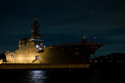 soku_11332.jpg :: 夜景 船 横須賀基地 DDH.181 ひゅうが Hyuga