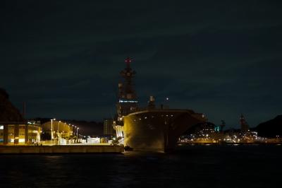 soku_11333.jpg :: 夜景 船 横須賀基地 DDH.181 ひゅうが Hyuga