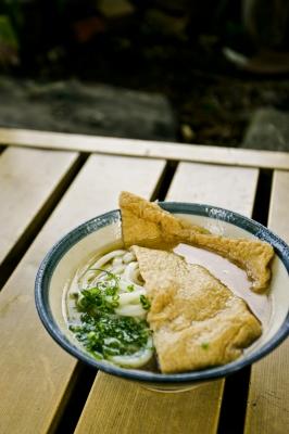 soku_11590.jpg :: 食べ物 麺類 うどん きつねうどん