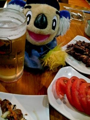 soku_11818.jpg :: 飲み物 ドリンク 酒 生ビール トマト つまみ