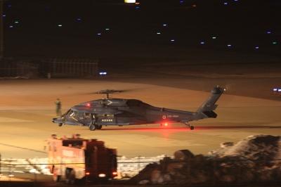 soku_11929.jpg :: 飛行機 乗り物 交通 航空機 ヘリコプター 航空自衛隊 救難ヘリコプター UH.60J ヒコーキが足りない by KIJ