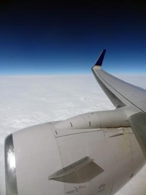 soku_12456.jpg :: 乗り物 交通 航空機 飛行機 エンジン 空撮