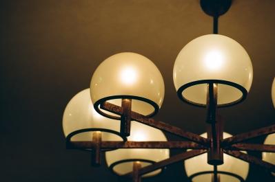 soku_12524.jpg :: 部屋 空間 照明器具 電球 フィルム 銀塩