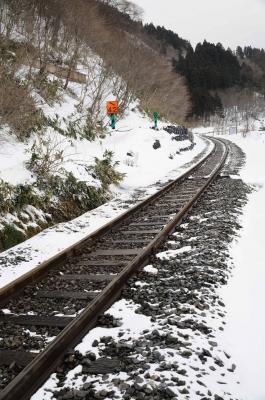 soku_12874.jpg :: 風景 雪 鉄道 線路 鳴子温泉