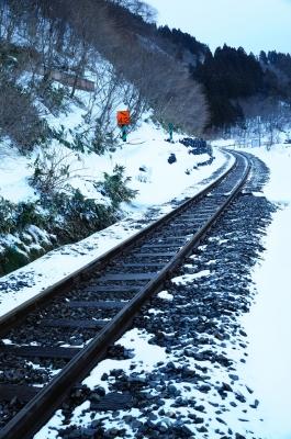 soku_12875.jpg :: 風景 雪 鉄道 線路 鳴子温泉