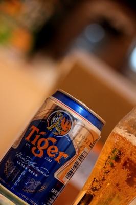 soku_13840.jpg :: 飲み物 ドリンク 酒 ビール Tiger
