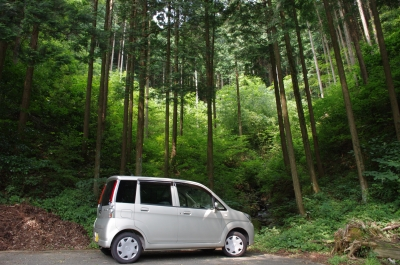 soku_14530.jpg :: 乗り物 交通 軽自動車 風景 自然 森林