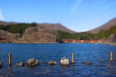 soku_14986.jpg :: PowerShotS95 風景 自然 水分 湖 碓氷湖 水面シリーズ ジオラマモード コンデジ埼玉 lock