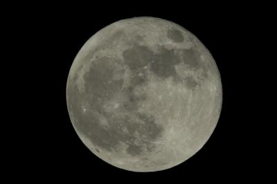 soku_15873.jpg :: ノートリ 2.0+2.0+1.4 トリプルテレコン 35mm換算2184mm F31.1 風景 自然 天体 月 満月 フルフルフルムーン by Niigata