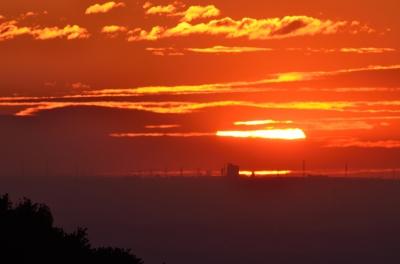 soku_16126.jpg :: 風景 自然 空 朝日 朝焼け 日の出