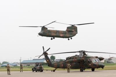 soku_16538.jpg :: 陸上自衛隊 霞ヶ浦駐屯地開設59周年記念行事 基地開放 輸送ヘリコプター CH-47J チヌーク