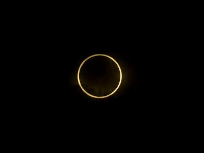 soku_16561.jpg :: 風景 自然 天体 太陽 日食 金環日食 関東地方 ND400*16 トリミング
