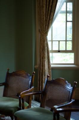 soku_16892.jpg :: 窓 インテリア 椅子