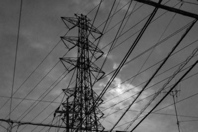 soku_17130.jpg :: 建築 建造物 塔 鉄塔 電線