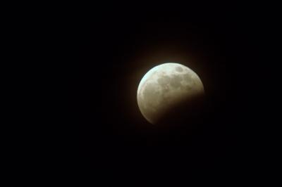 soku_17135.jpg :: 風景 自然 天体 月 月食 部分月食