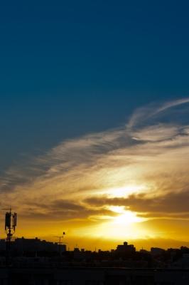 soku_19415.jpg :: 夕焼け 夕日 空 雲 カラス