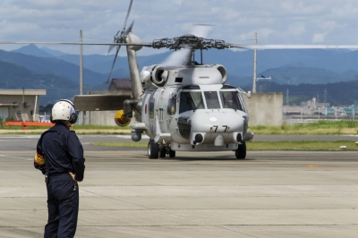 soku_20605.jpg :: ヘリコプター 航空機 乗り物 自衛隊 SH-60K 哨戒ヘリ
