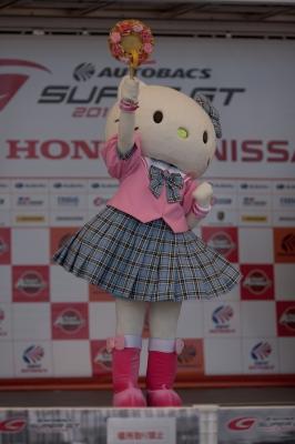soku_20623.jpg :: 富士スピードウェイ superGT 着ぐるみ