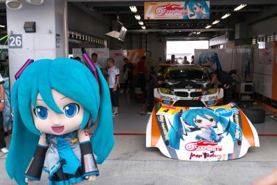 soku_20649.jpg :: 初音ミク レーシングカー SUPERGT 富士スピードウェイ