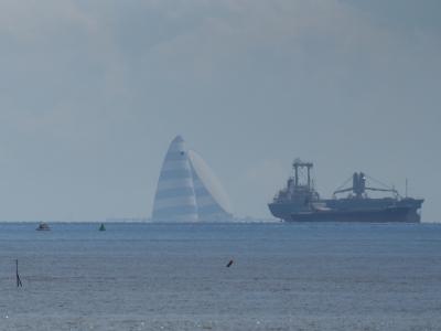 soku_20798.jpg :: 建築 建造物 風の塔 乗り物 交通 船 フェリー