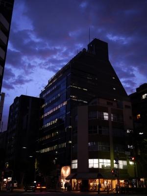 soku_20876.jpg :: マジックアワー 夜景 風景 街並み 都市の風景 ビル
