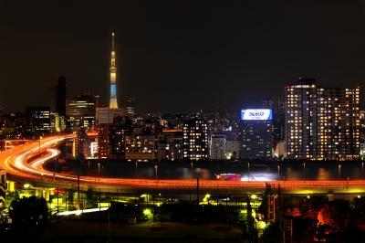 soku_20897.jpg :: 東京スカイツリー 屋形船 ISO100での11段HDR+ISO3200F1.4での屋形船合成